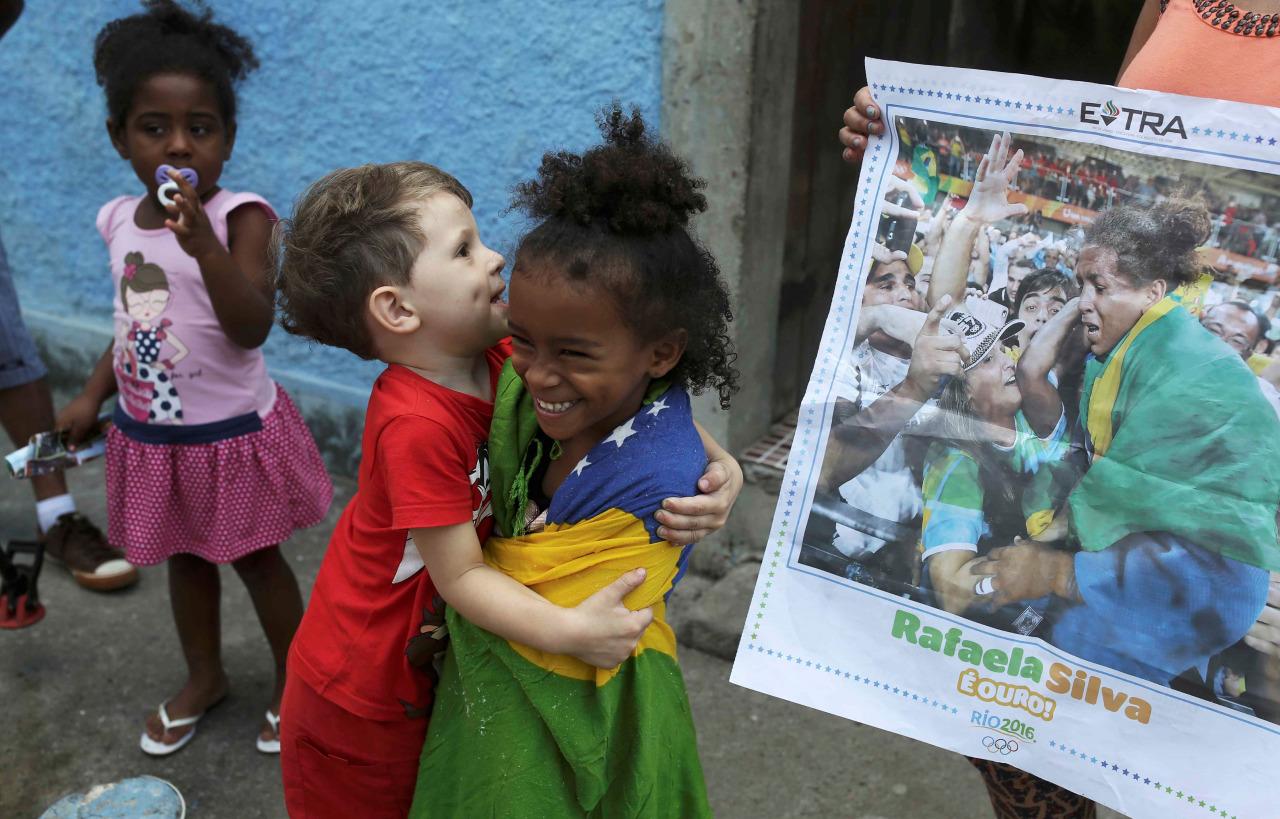 rio2016 favela oro