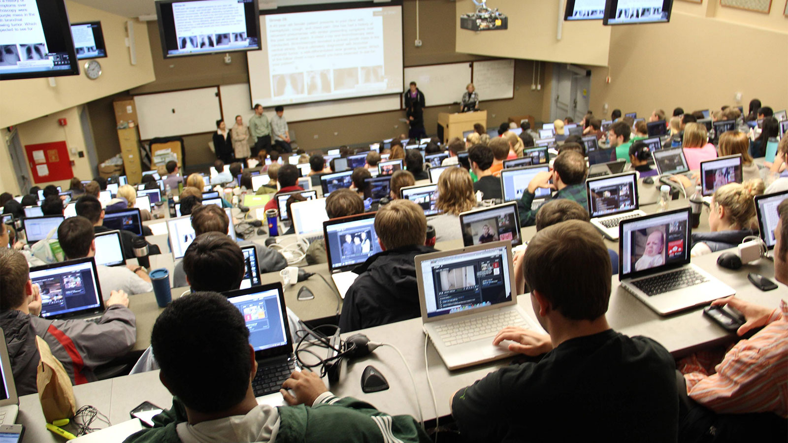 technology-in-the-classroom-millennials